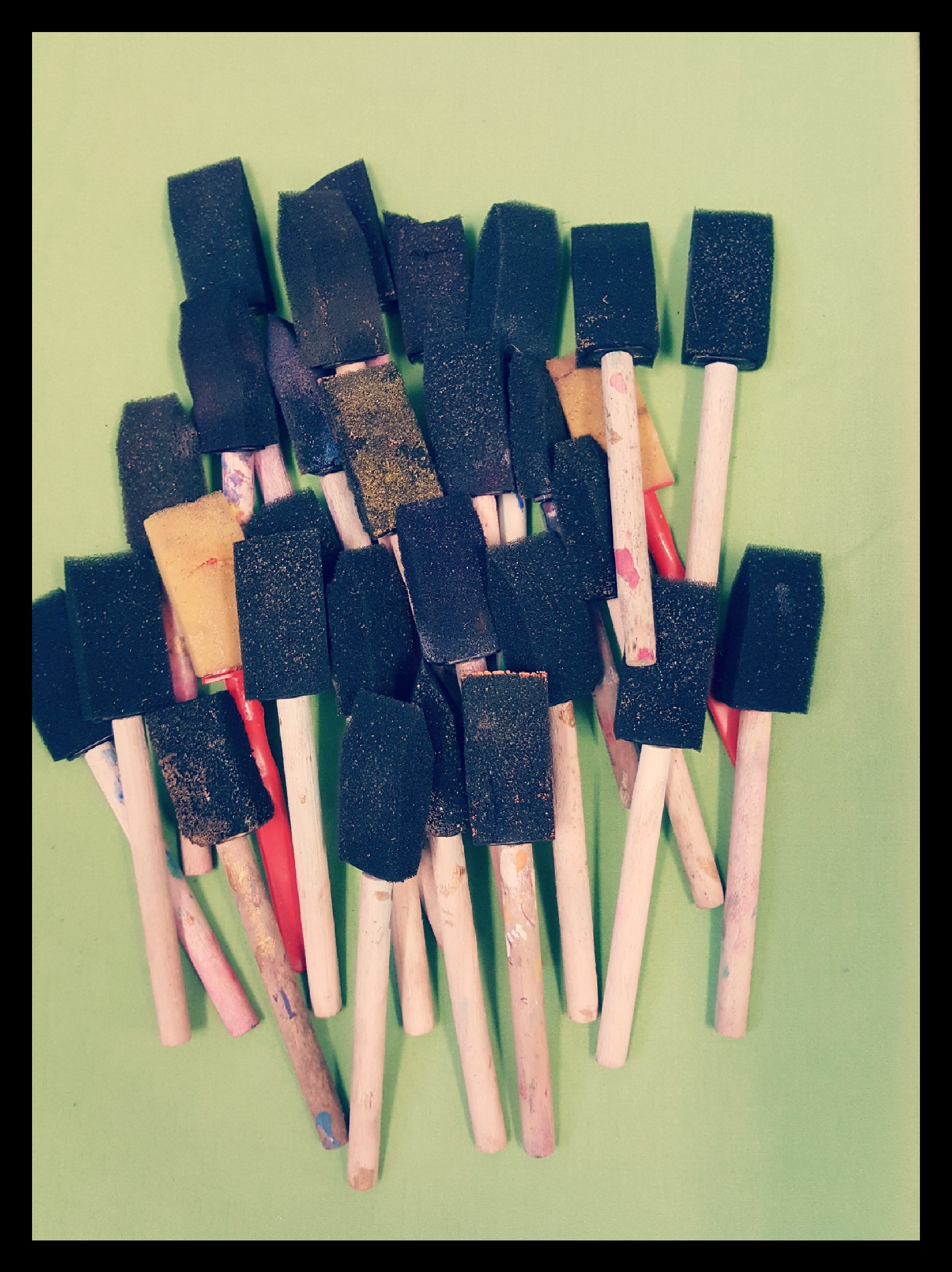 School Supplies – Foam Brushes
