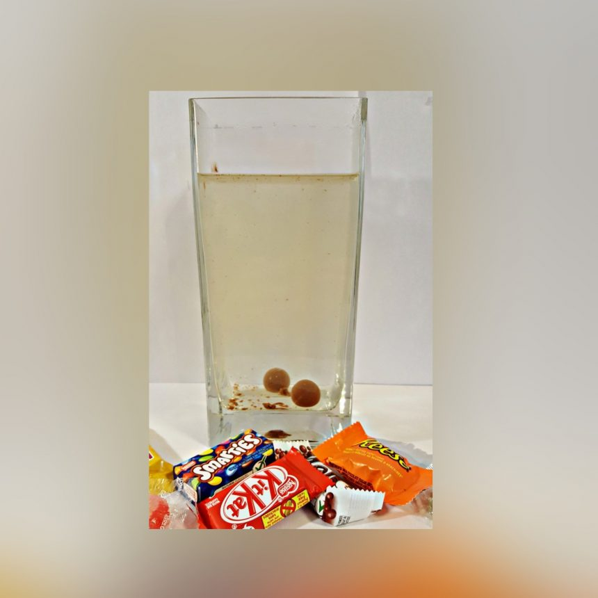 Cool Experiment with Candy for Kids